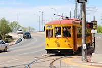 The River Rail Streetcar travels through downtown Little Rock, stopping at a number of the city's best-known attractions and hotels, including the Peabody Hotel and the Historic Arkansas Museum.