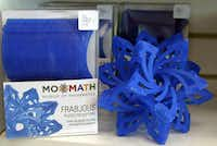 Frabjous is a sculpture and geometric puzzle consisting of 30 identical pieces that create a 3D star.