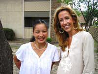 IRC volunteer mentor Paula Minnis (right) with her mentee, Burmese refugee Catherin Sho, in Dallas.