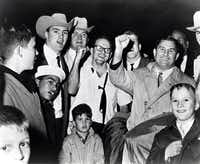 Dallas Texans president Lamar Hunt celebrated with his team after they defeated the Houston Oilers in a 20-17 overtime win in the AFL Championship on Dec. 23, 1962, at Jeppesen Stadium in Houston.