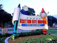 FocusEGD designed the exterior sign for Texas Scottish Rite Hospital for Children.
