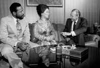 In the 1970s, Temple earned praise for her time as the U.S. envoy to Ghana.