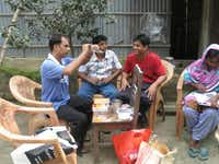 iKormi volunteers in Bangladesh use Thabit Pulak's home-based rapid arsenic water test and compare results with a professional arsenic test kit.Photos submitted by THABIT PULAK