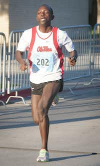 Barnabas Kirui finished first in the men's division.