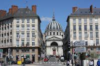 With a population just under 300,000, Nantes is one of France's most youthful cities with two out of three residents under the age of 40, and one out of three under 25.