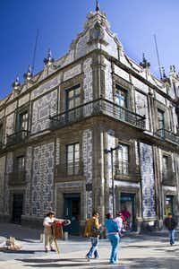 The House of Blue Tiles, built in 1735, has been the flagship SanbornÕs Restaurant since 1917. MEXICOCITYXMAS Email: gomiller@travelsdujour.com Phone: 505-352-9019 OrigName: 1350757661_0232775001350757661_1.jpg Name: Sanborn%27s+Restaurant-7285.jpg Byline: George Miller Submitter: George Miller  Section: TRAVEL_NTR