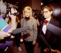 Lucy Papillon (center) left the courtroom after testifying in the Walker Railey trial in March 1993.