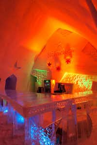 The Ice Bar at Hôtel de Glace can hold up to 400 patrons.  While Heineken is a sponsor, few overnight guests consume beer with bathrooms lying a long walk away.