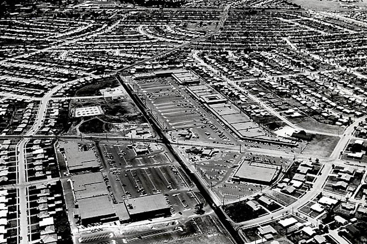Caption from the Dallas Morning News blogs:  This aerial photo shows the Casa View shopping village and the surrounding area in 1957, three years after Bob Reitz moved into the neighborhood with his family at age 7. Reitz is presenting a talk titled