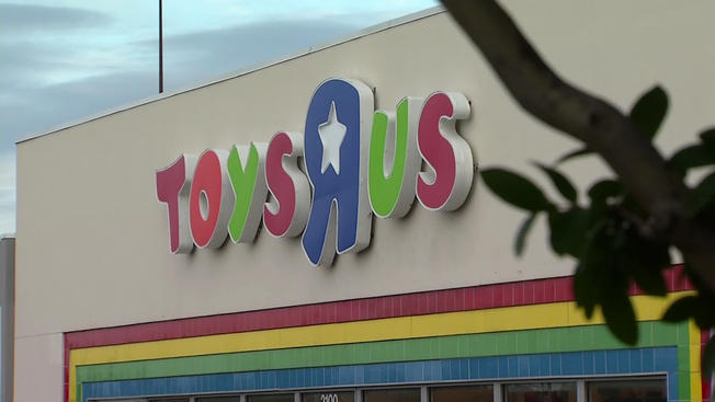 NBC Teen Boy Found Hiding In Toys R Us Womens Restroom Wont Be - Toys r us lewisville map