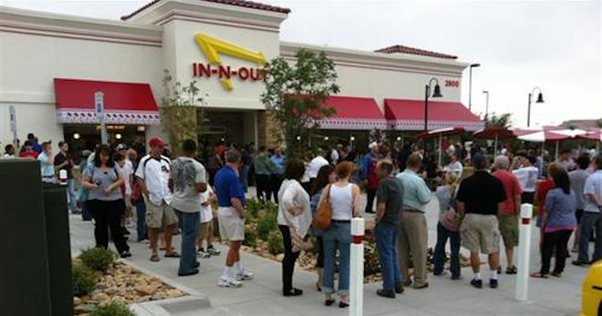 In N Out Burger Opens In Frisco To Huge Crowds Frisco