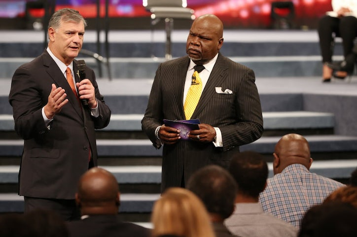 Alton Sterling's aunt visited a Dallas megachurch on Sunday: 'I just