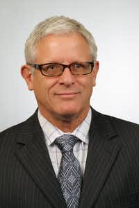 Former Dallas ISD superintendent Mike Miles named current Interim Chief Financial Officer Dr. James Terry as the new Chief Financial Officer on June 20, 2013. (Dallas ISD)