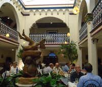 The Columbia Restaurant, a huge landmark dating to 1905 legend, was frequented by many underworld figures and remains a great place to eat, drink and watch Flamenco dancing.(Robin Soslow)