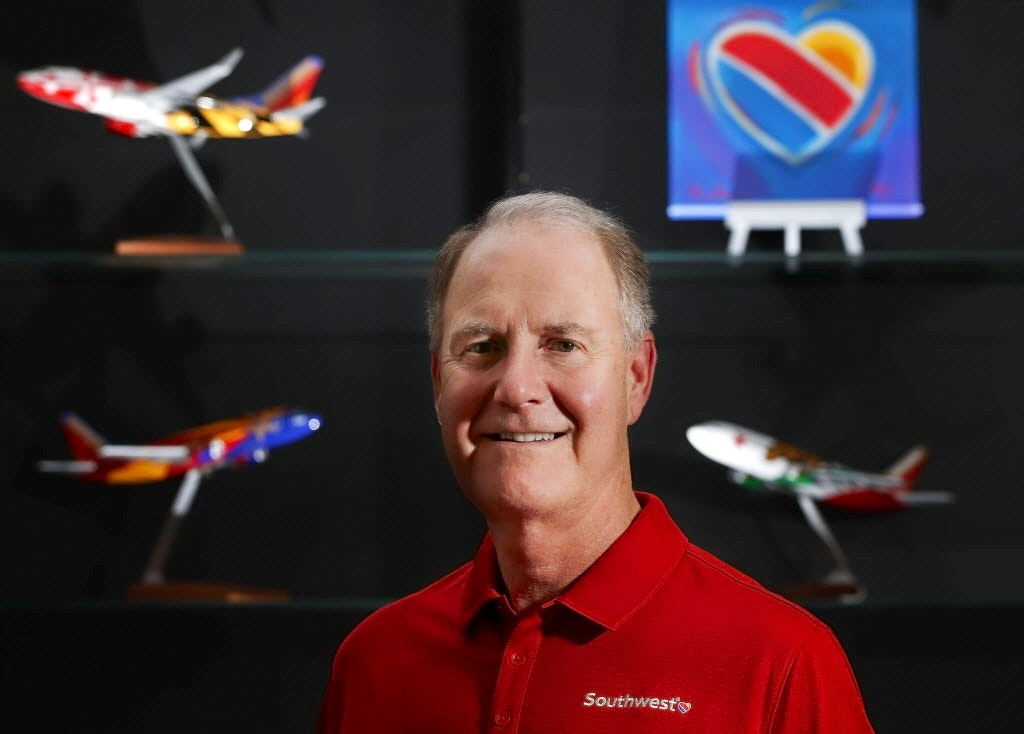 gary kelly leadership style Gary kelly, chairman of the board for southwest airlines southwest  the stage to make a push to business leaders to approve a $1 billion.