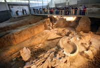 Fifth-graders from West Intermediate School in West tour the Waco Mammoth Site.(Kye R. Lee/Staff Photographer)