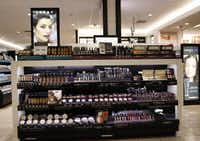Kohl's recently completed its roll out of beauty departments in all stores, including the store in Flower Mound. Kohl's top beauty brands include Lorac, Bliss and theBalm. Photo taken on Tuesday, August 23, 2016. (David Woo/The Dallas Morning News)(David Woo/Staff Photographer)