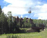 An innovative gondola system provides continuous free transportation between Telluride and Mountain Village.(Bevery Burmeier)