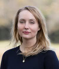 Affinity Konar, author of Mischling(Gabriela Michanie)