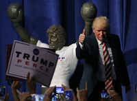 The only punches we'll see Monday night are the verbal kind, as Republican nominee Donald Trump rallies supporters ahead of his debate with Democrat Hillary Clinton.(Mark Wilson/Getty Images)