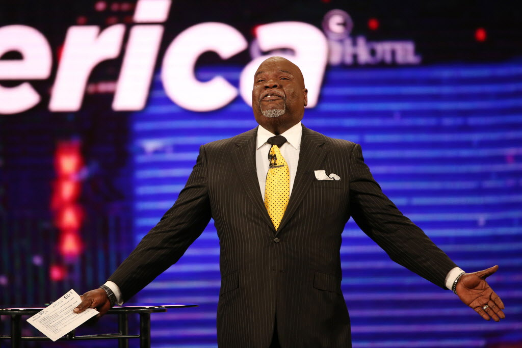Obama, Colin Powell help T D  Jakes celebrate 40 years in ministry