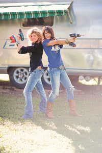 """Amie (left) and Jolie Sikes say the one tool they cannot live without is a screw gun.(<p><span style=""""font-size: 1em; background-color: transparent;"""">April Pizana Photography</span><br></p><p><br></p>)"""