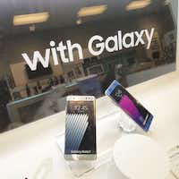 "<p><span style=""font-size: 1em; background-color: transparent;"">Samsung Galaxy Note 7 phones on display at the Sprint Store in The Shops at Park Lane right before store close on Oct. 10, 2016.</span></p>((Dennis Jansen/Staff))"
