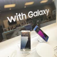 "<p><span style=""font-size: 1em; background-color: transparent;"">Samsung Galaxy Note 7 phones on display at the Sprint Store in The Shops at Park Lane right before store close on Oct. 10, 2016.</span></p>(Dennis Jansen/Staff)"