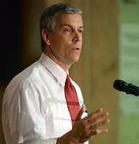 U.S. Education Secretary Arne Duncan talks about protecting children from violence, while giving his final speech at St. Sabina Church in Chicago on Wednesday, Dec. 30, 2015. (Brian Jackson/AP)