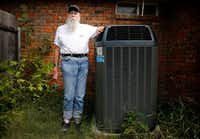 Months after Larry Elewitz of Far North Dallas purchased a new air conditioning and heating system, he had second thoughts. He wondered if he'd been taken. He filed complaints against the company, but he lost both his arbitration hearing and his challenge to the company's license. (Tom Fox/Staff Photographer)