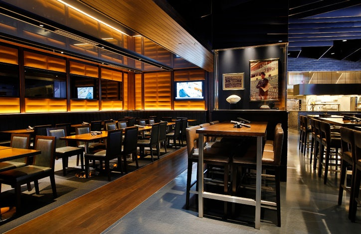 Huge stadium club expects that fans with a taste for the for Dining at t stadium