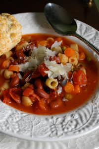 Mainstay Minestrone for Kitchen ScoopAlicia Ross