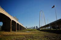 The space between the Margaret Hunt Hill Bridge on the right and the Ron Kirk Bridge on the left would be included in plans for the future 155-acre Simmons Park.(<div><br></div>G.J. McCarthy/DMN)
