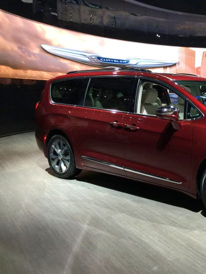 Chrysler Pacifica Prevails In Minivan Comparison By Cars