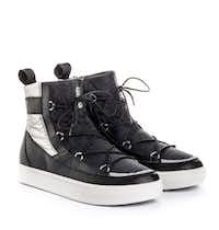 Women's Moon Boots, $120.(Vega)