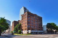 The Argyle is one of the longest continually operating apartment buildings in Dallas.(Indio Management)