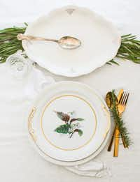 White and green is a classy color combo for a holiday table.Rebecca White