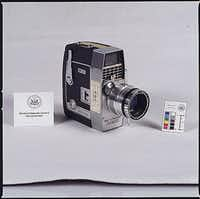 A National Archives photo from the 1960s of the movie camera used by Abraham Zapruder when he filmed the Kennedy assassination.(National Archives)