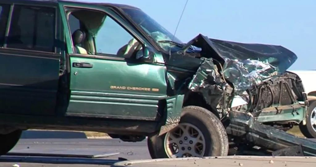 3-year-old hurt in crash overlooked until wreck was towed to junk ...