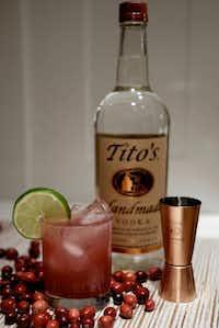 Tito's Cranberry Sparkle(Tito's)