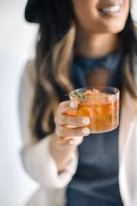 Apple Whiskey Cocktail(Anne Sage)