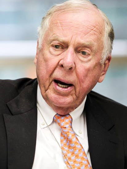 Texas jury awards T  Boone Pickens $146 million in West Texas oil