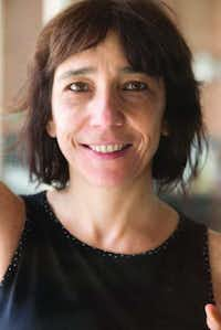 "Noemi Jaffe (<p><span style=""font-size: 1em; background-color: transparent;"">(Villas-Boas & Moss Literary Agency)</span></p>)"