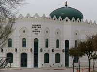 The Islamic Center of Irving at 2555 Esters Rd, pictured, on March 18, 2015.(Michael Ainsworth/Staff Photographer)