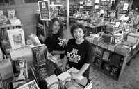 Boots Anderson and mother  Pat Anderson at a Half Price Books store in 1993.(File photo)