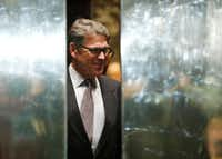 Rick Perry helped lead Texas' battles against the federal government as governor. (Associated Press)