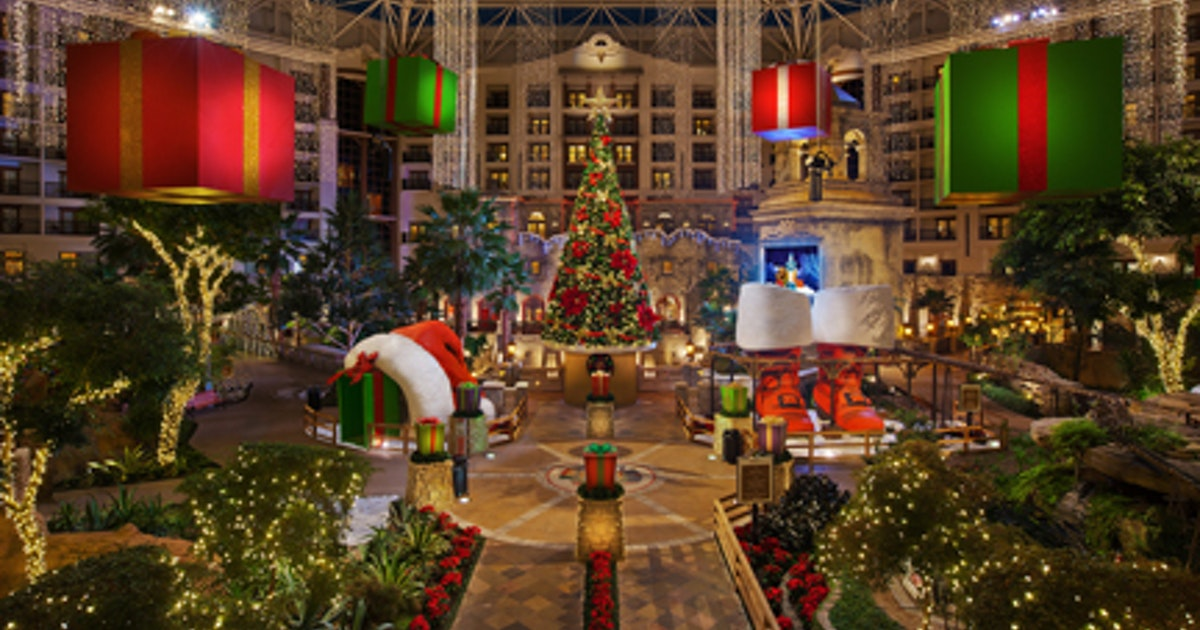 Celebrate the holiday season in Grapevine, the \'Christmas Capital of ...