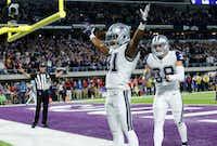Dallas Cowboys free safety Byron Jones (31) with teammate Jeff Heath on Thursday, Dec. 1, 2016, in Minneapolis. The Cowboys won 17-15. (AP Photo/Jim Mone)(AP)
