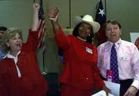 <div>The Gerry Manders -- Flower Mound state Sen. Jane Nelson, Dallas County District Judge Faith Johnson and delegate Larry Phillips -- rally the Texas delegation with songs at a breakfast during the 2000 Republican National Convention in Philadelphia.</div>((2000 File Photo/Staff)<div><br></div><div><br></div><div><br></div><div><br></div><div><br></div>)