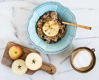 Slow Cooker Steel Cut Oats ((Rebecca White))